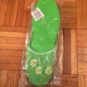 Green Chinese slippers